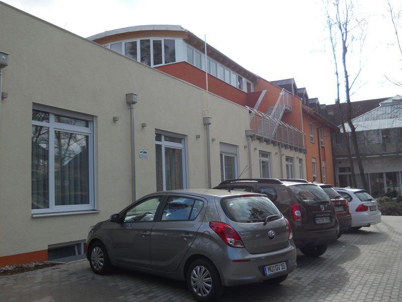 Altenheim Fassade.